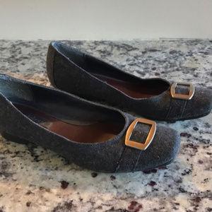 ⚡ 5/$25 Liz Claiborne Gray Shoes